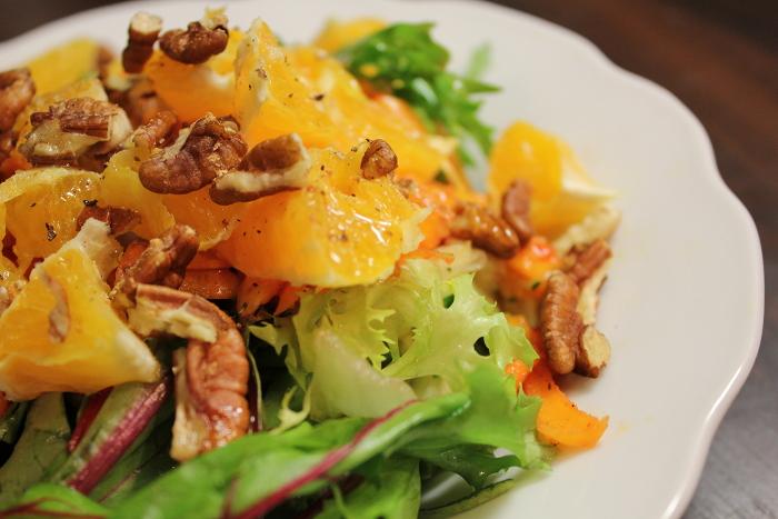 Ravintolapäivän salaattidemot